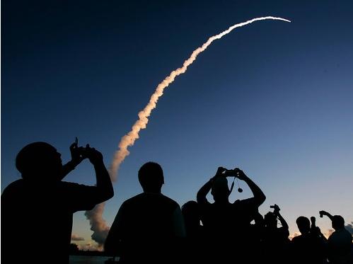 dawn-liftoff-rh.png