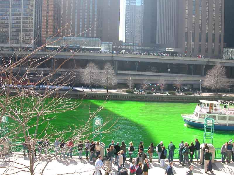 chicago-river-green-1.JPG