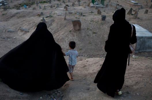 afghanis-in-kabul-cemetary