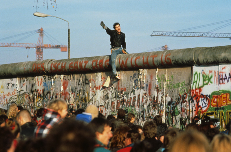 Turley, Fall of the Berlin Wall