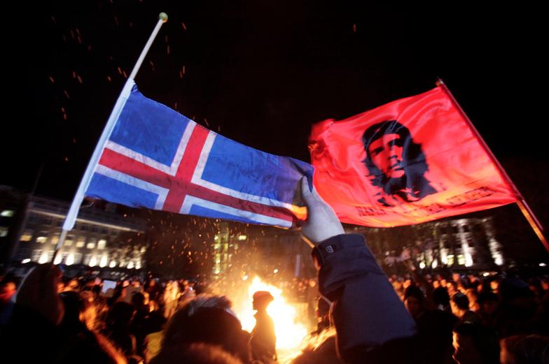 Che flag Iceland