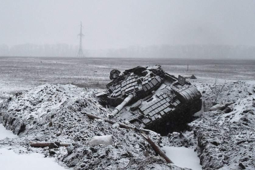 TOPSHOTS-UKRAINE-RUSSIA-CRISIS-CRISIS-POLITICS-MILITARY